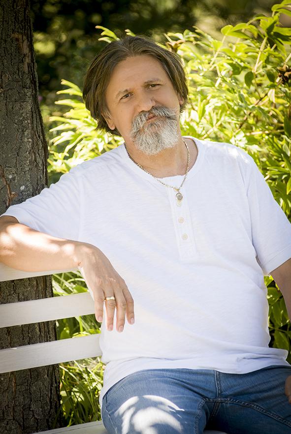 Bakos Attila író, filozófus - Narada Akadémia